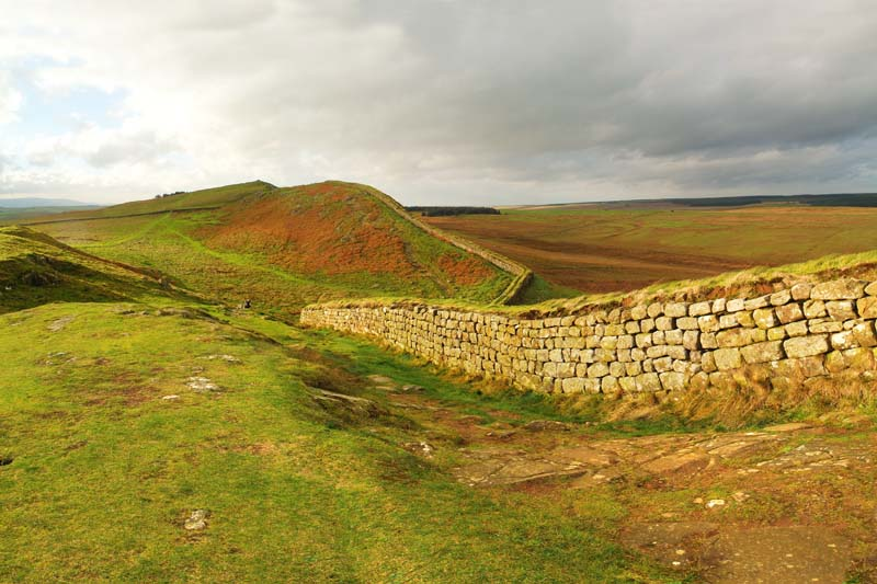 28221 Hadrian's Wall, West, one mile Housteads Fort, Northumberland