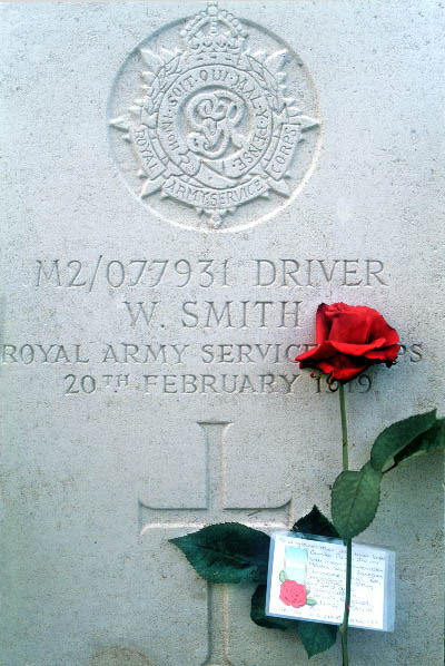"8671 ""To a Grandfather We Never Knew"", Terlincthun British Cemetery, Wimill, Boulonnais"